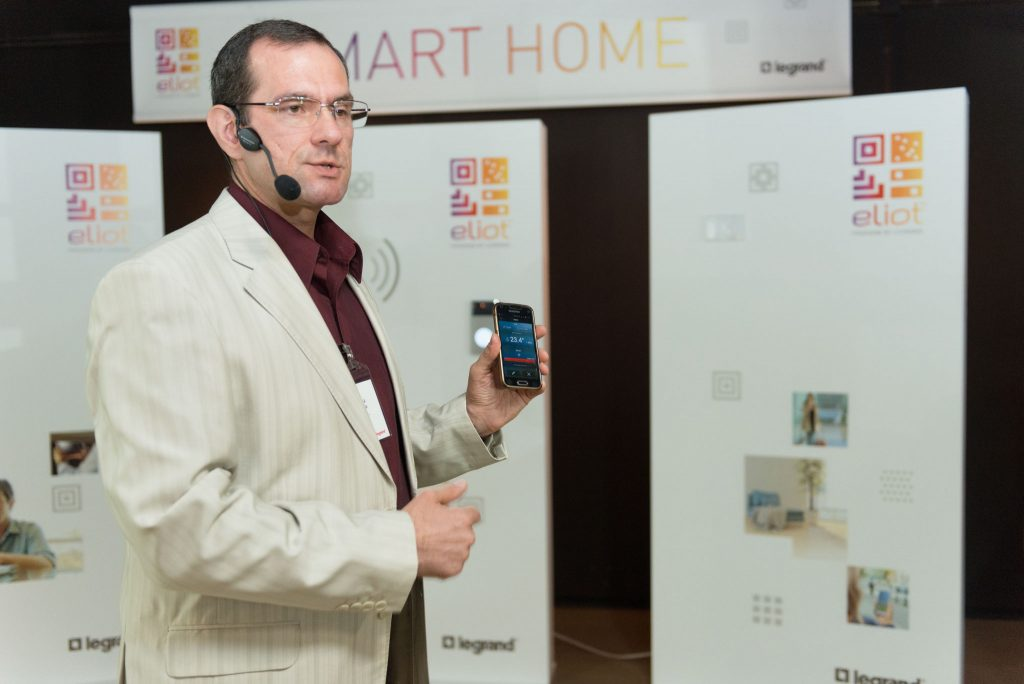 Legrand - Smart Home
